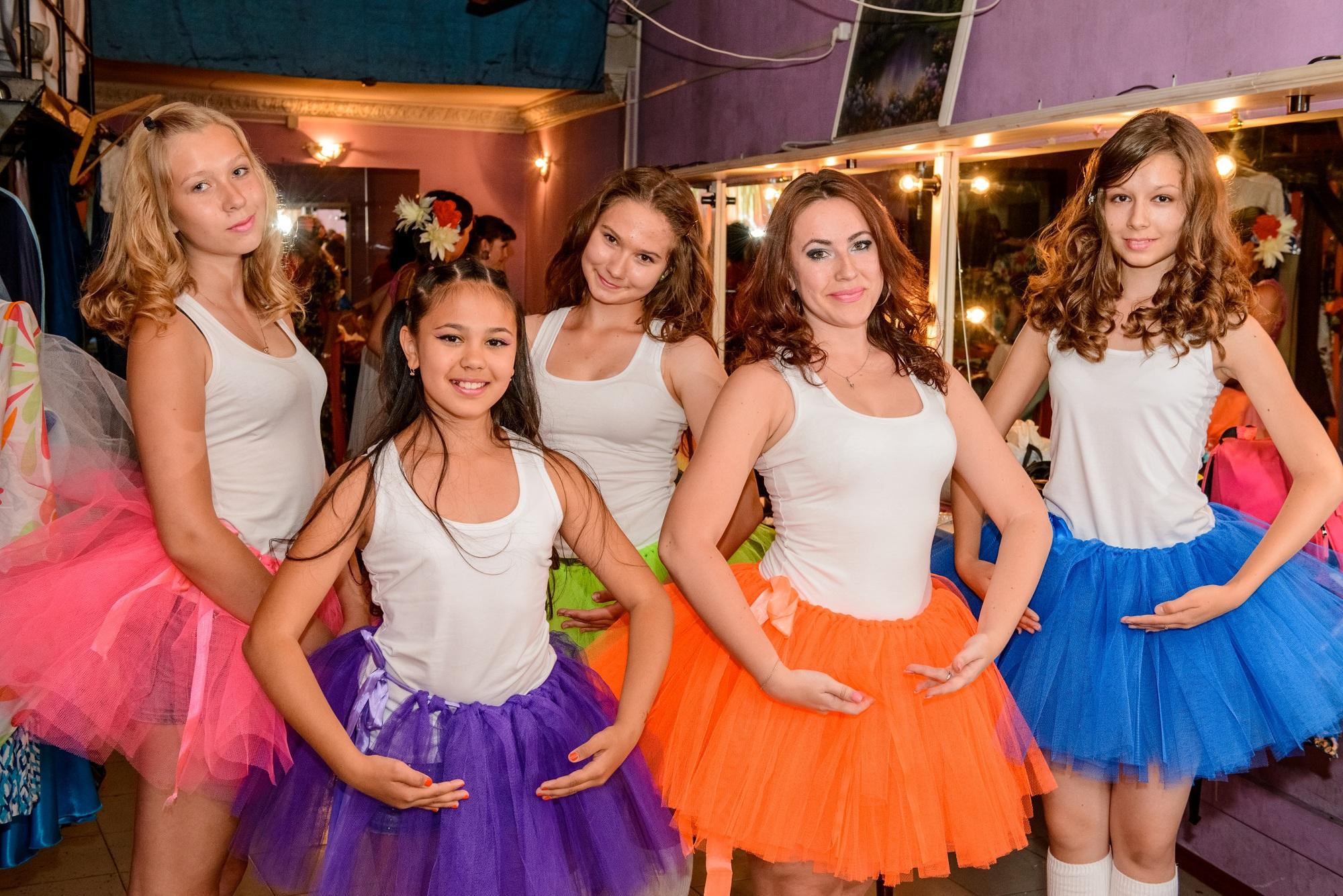 Какую роль в жизни женщин играют бальные танцы